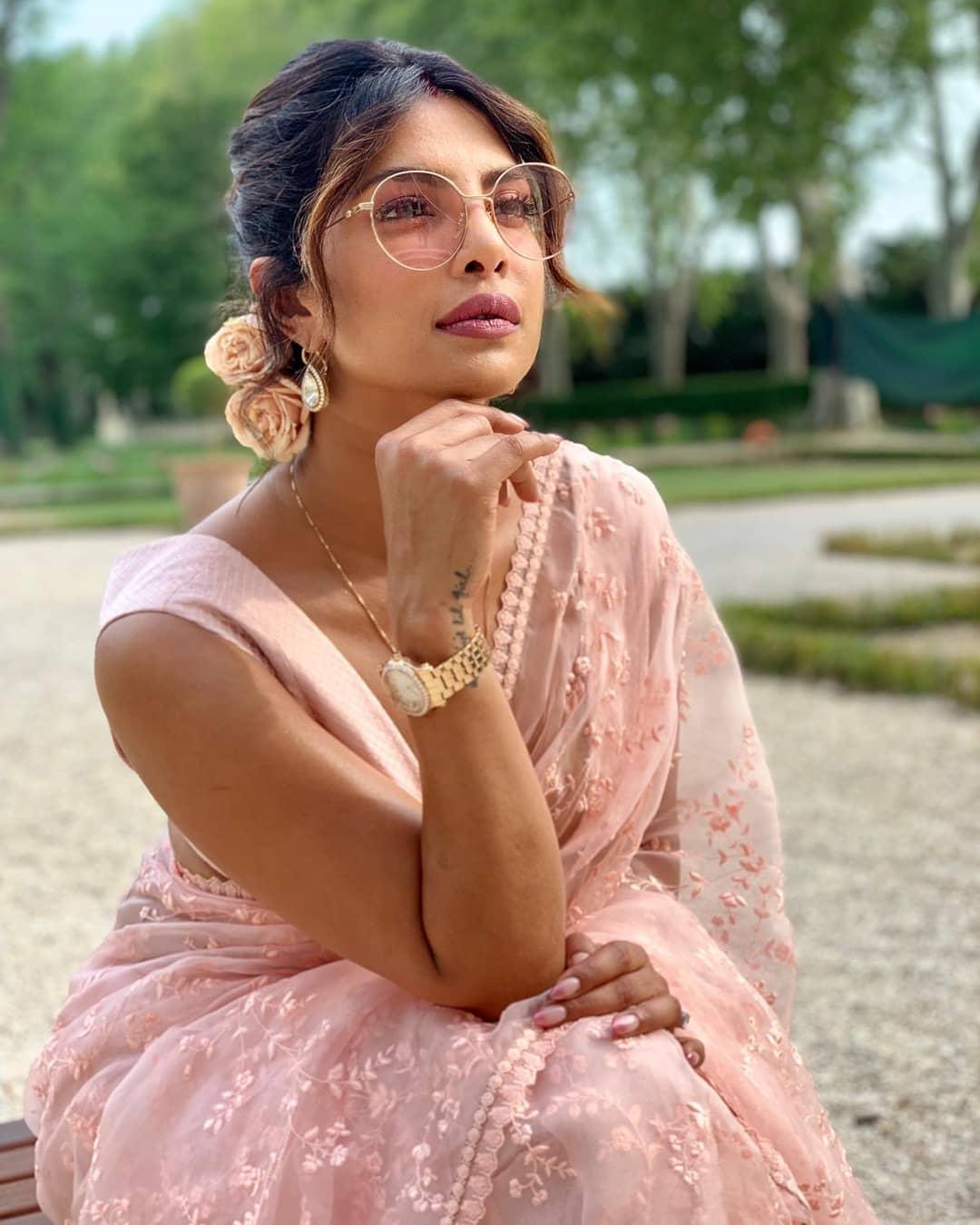 Priyanka Chopra in saree HD images