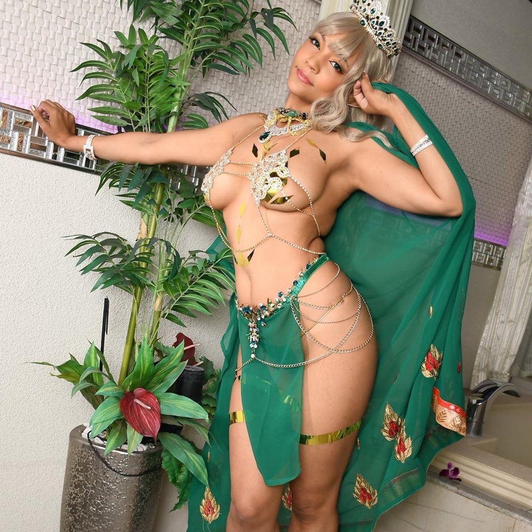 Elf Queen Aurelia By Pattiecosplay