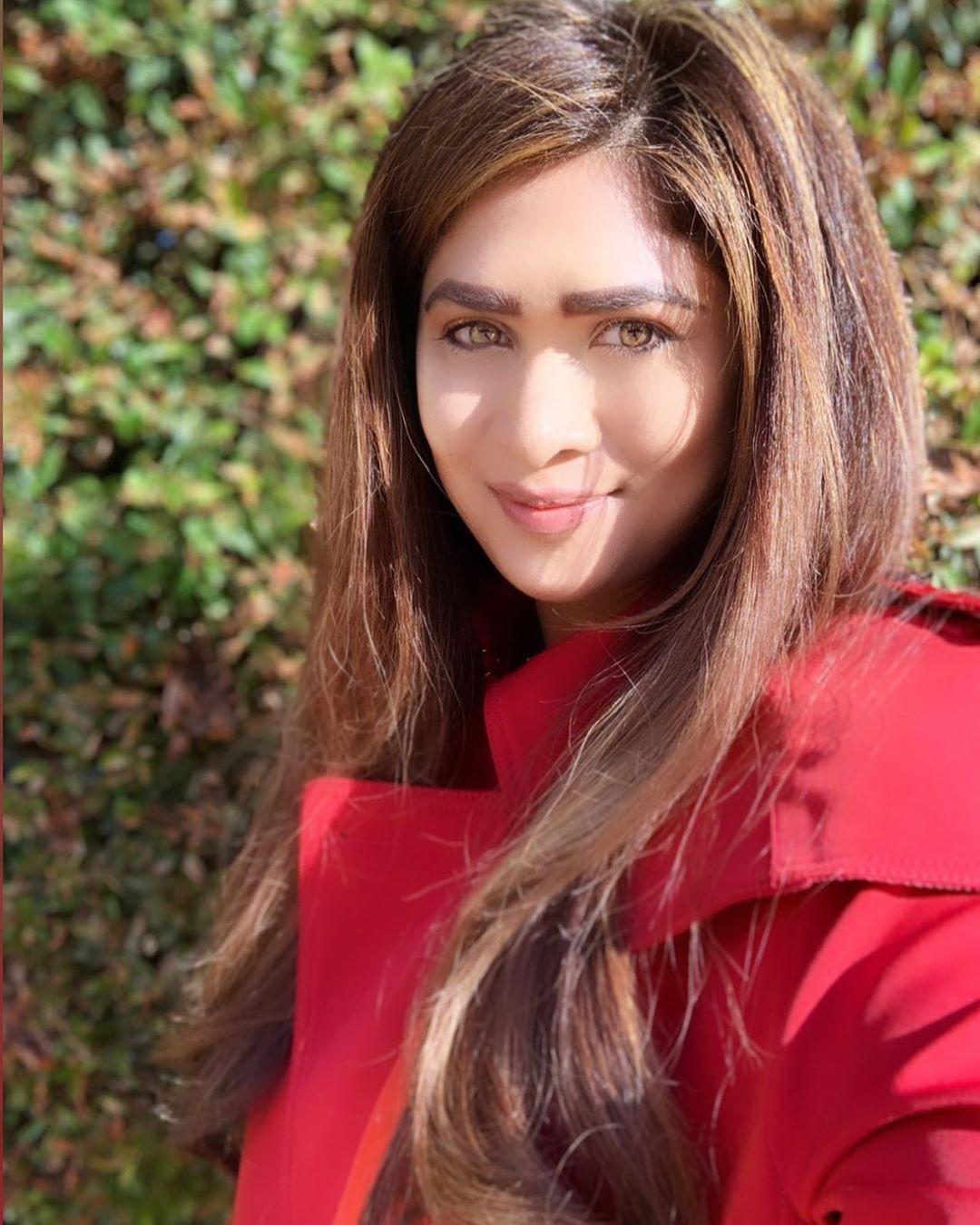 Anarkali Akarsha shri lankan actress