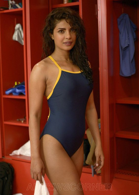 bollywood actress priyanka chopra hot pic