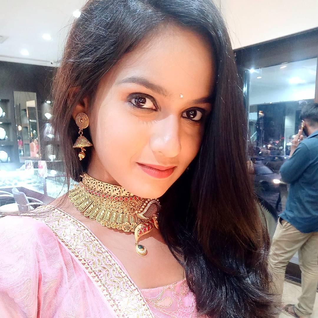 Shivani Baokar marathi actress 55