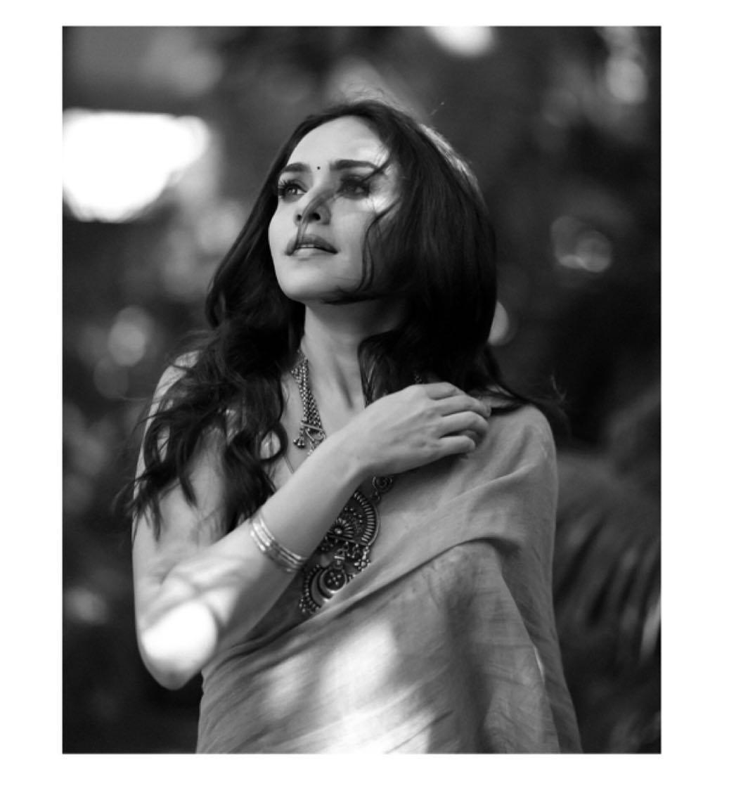 Amruta Khanvilkar Marathi Actress 88