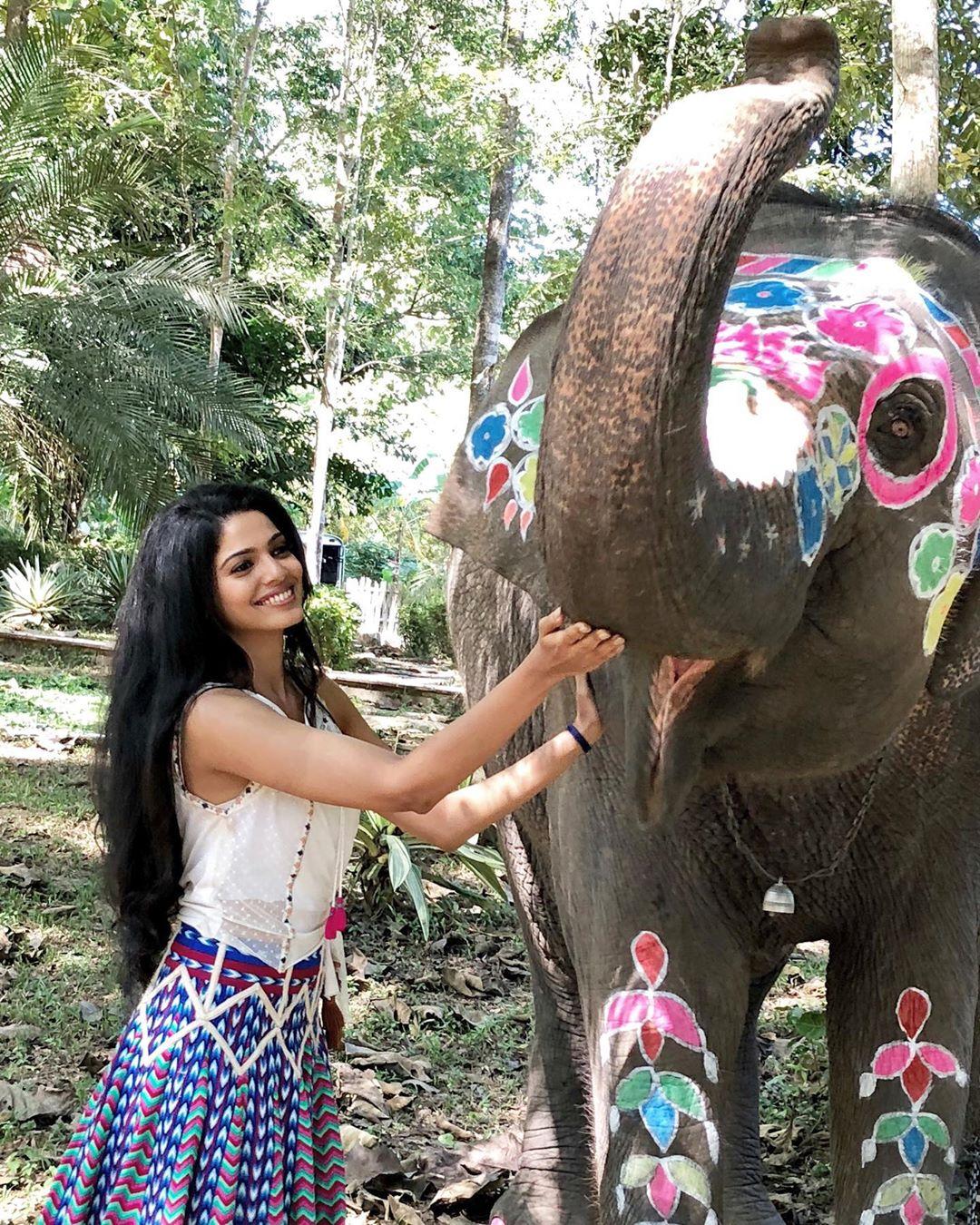 Pooja Sawant marathi actress 99