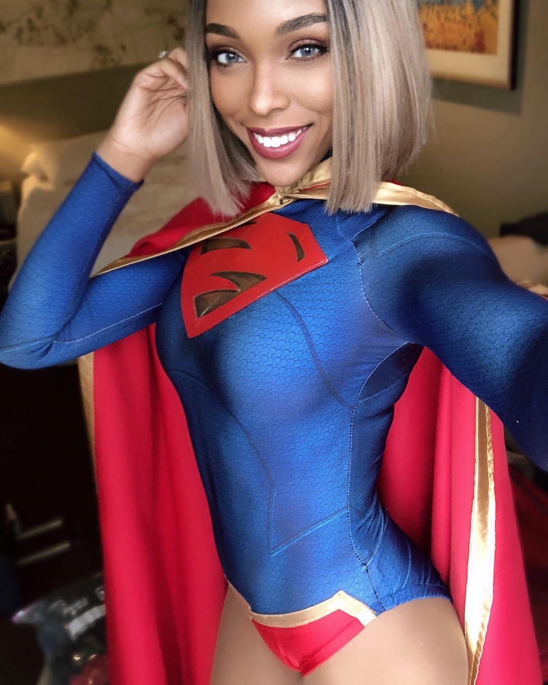 supergirl cosplay by CutiePieSensei