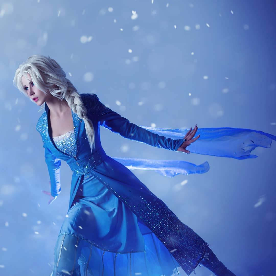 frozen 2 cosplay by cosplayer oichichan
