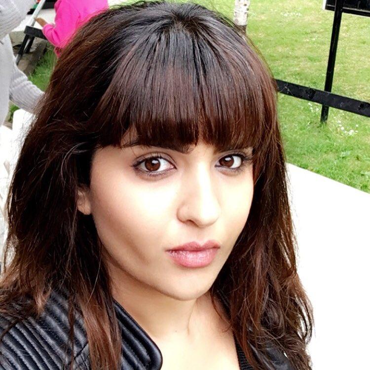 Deeksha Seth south indian actress