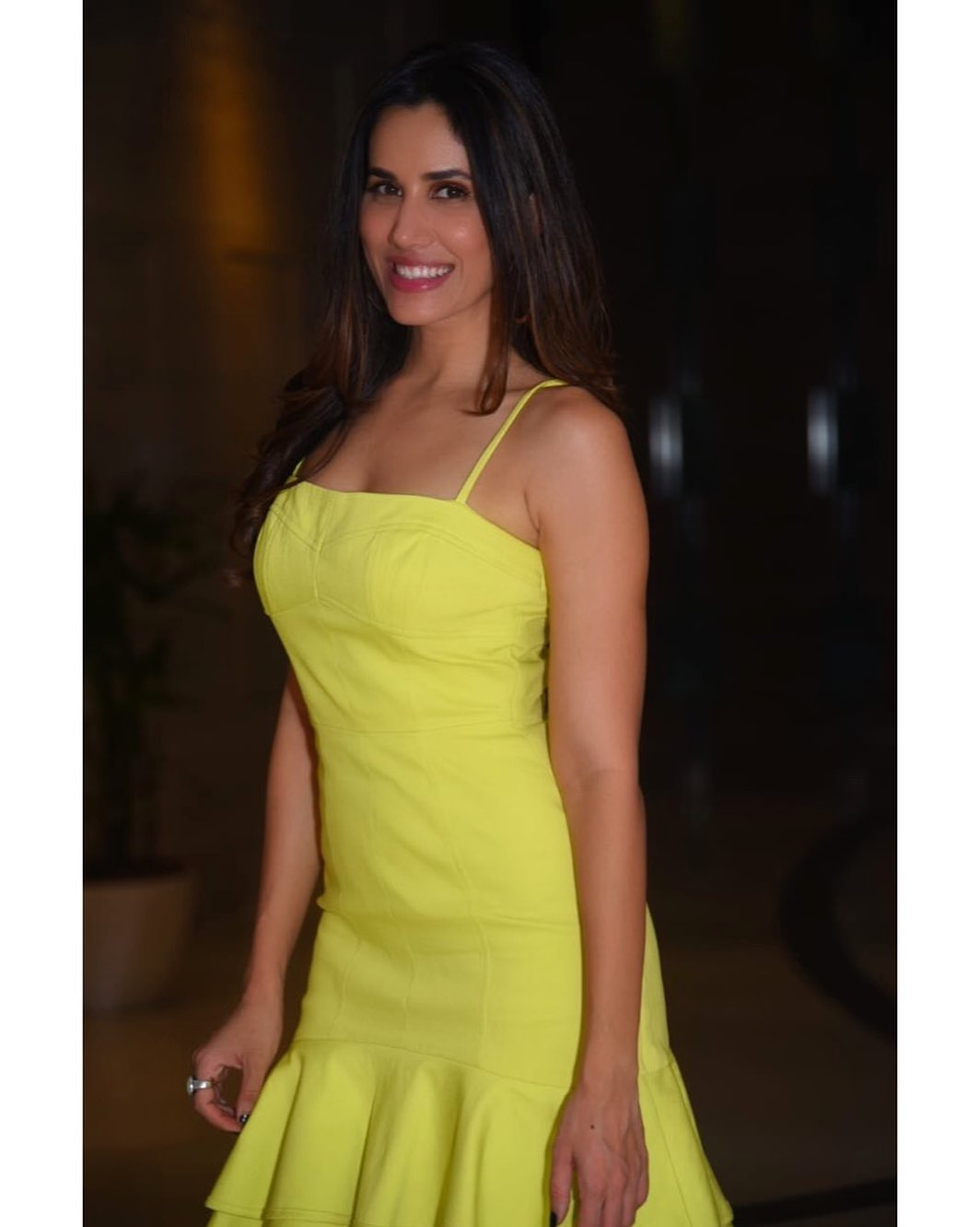 sonnalli seygall bollywood actress 42
