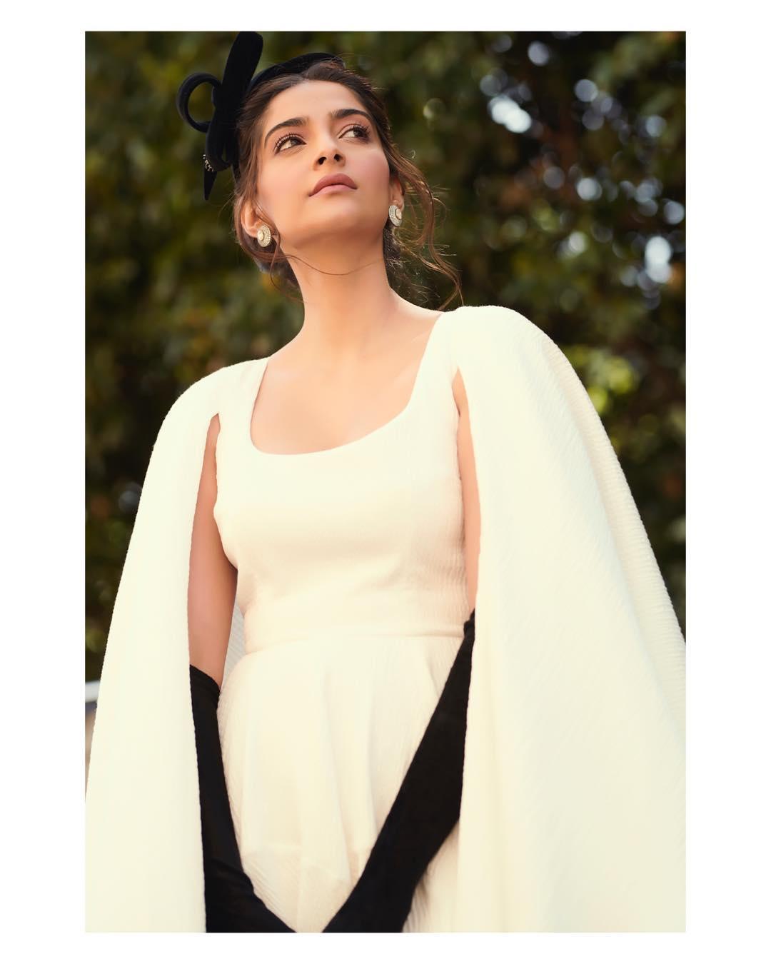 Sonam Kapoor bollywood actress 14