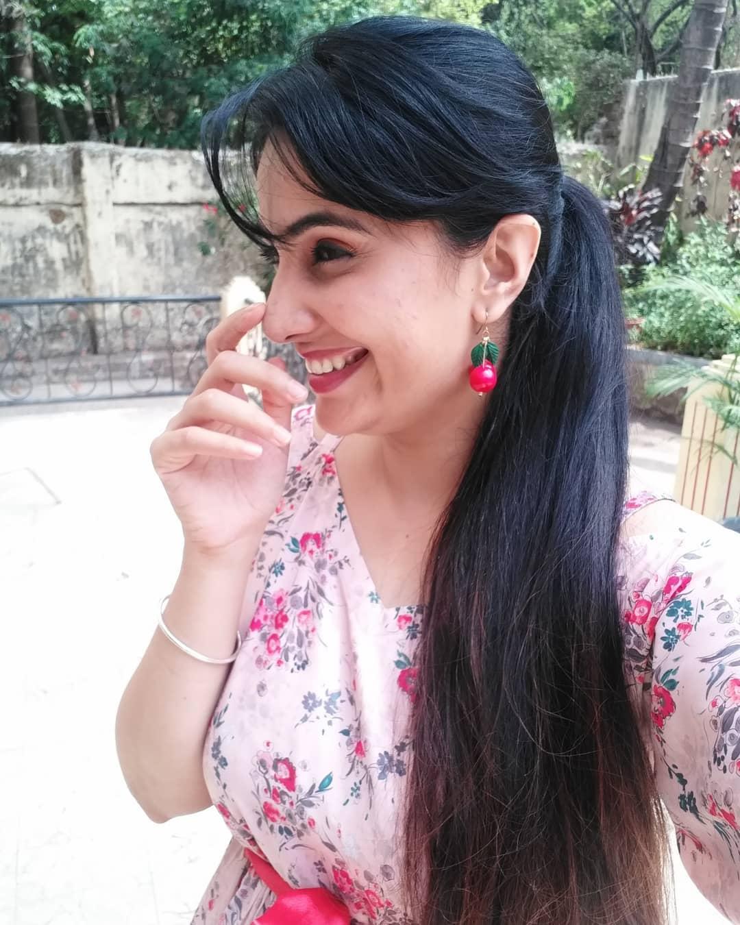 Sai lokur marathi actress 20