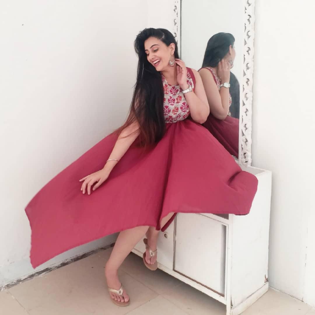 Sai lokur marathi actress 21