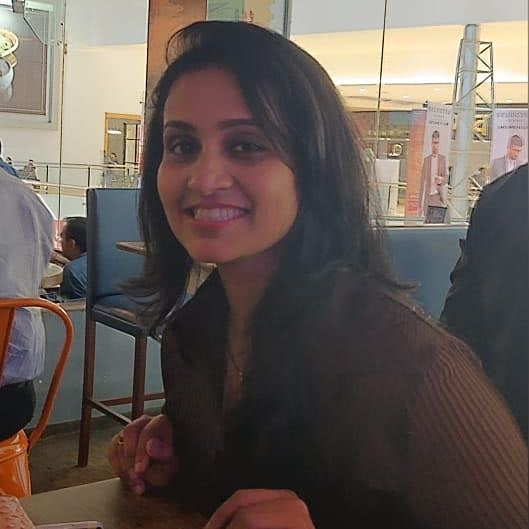Dipti Ketkar Marathi actress 13